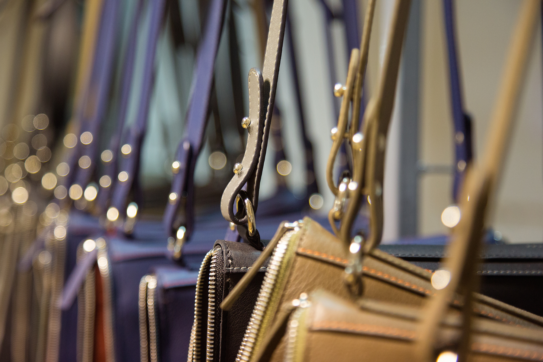 leather-handbags-manufacture
