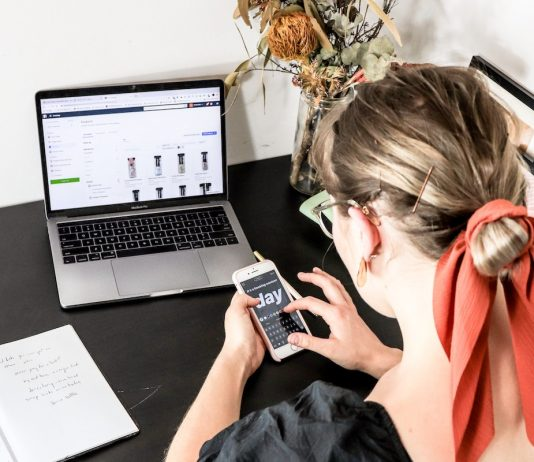 launch and grow a fashion brand online in 2020
